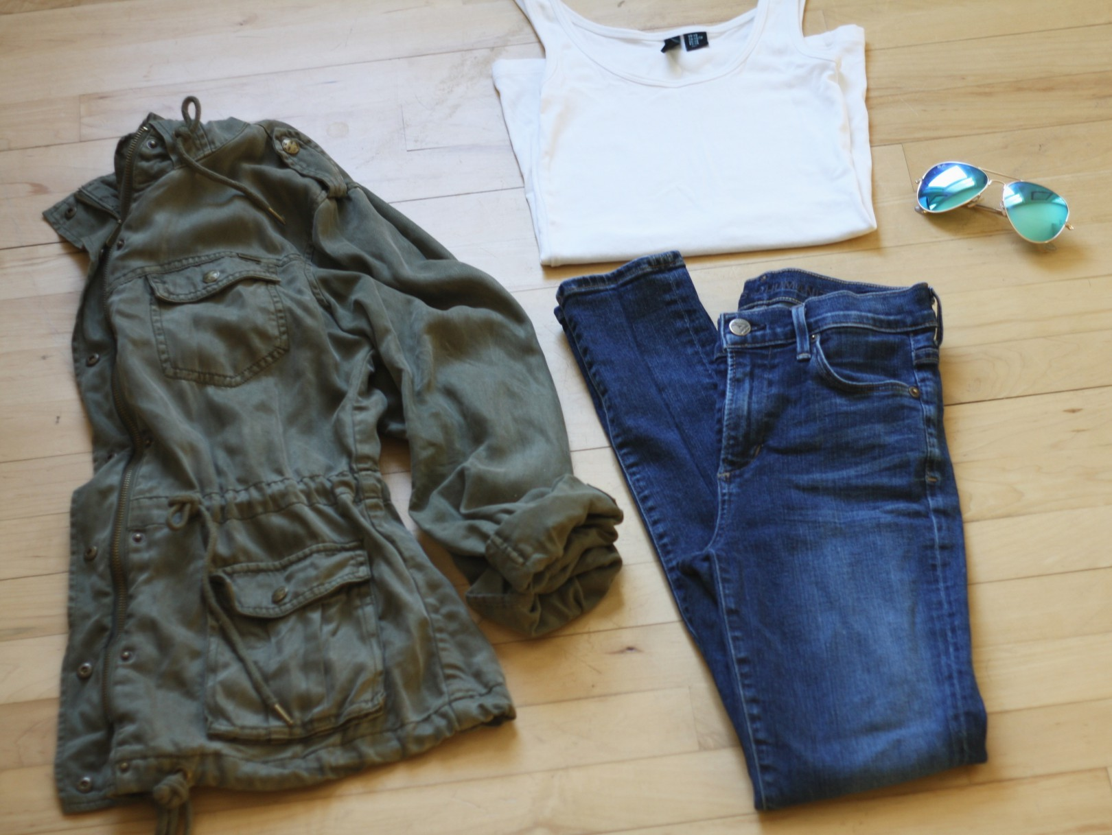 army jacket simple chic outfit